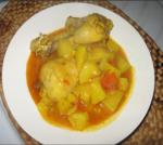 Muslitos de pollo con patatas en salsa