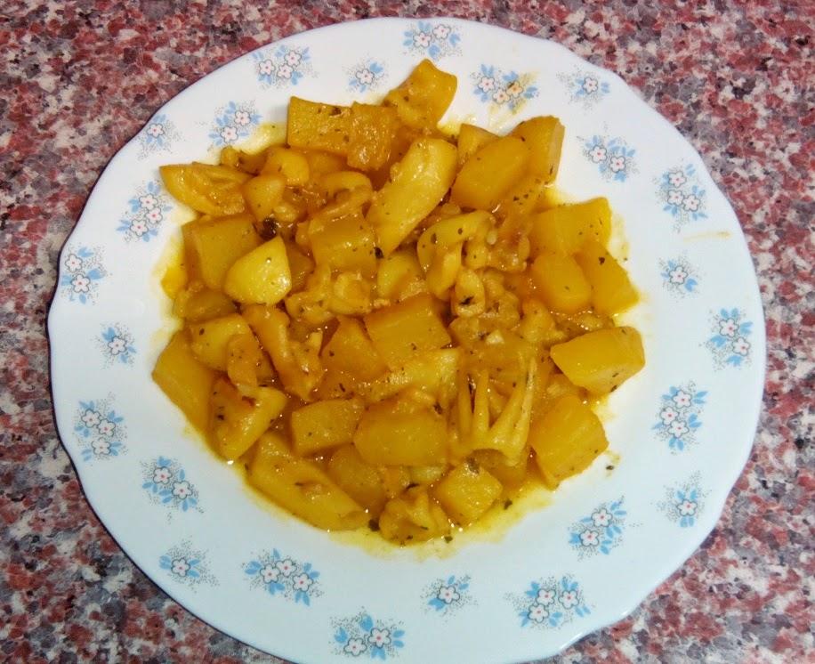 Sepia picante con patata y ajo