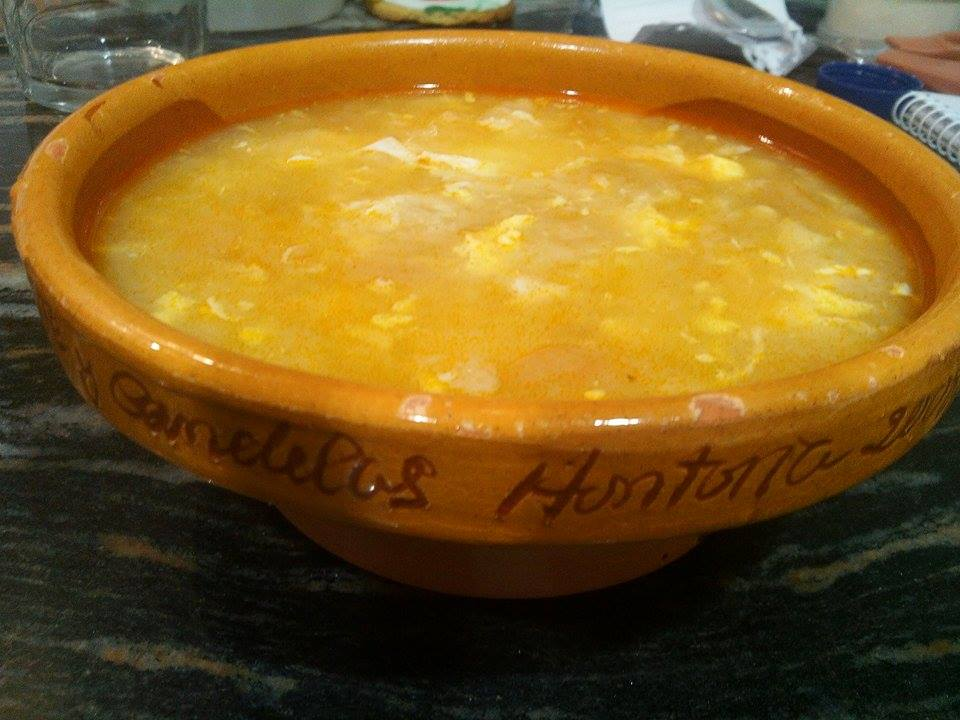 Sopa de ajo (o sopa Castellana )