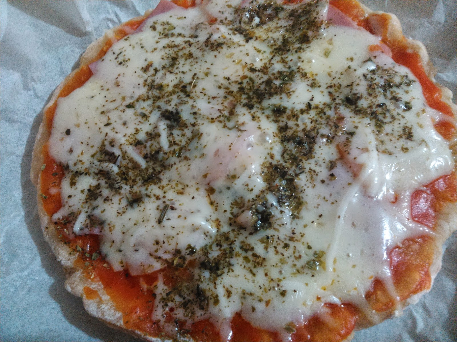 Pizza de bacon y queso