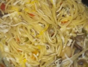 Espaguetis con setas y gulas