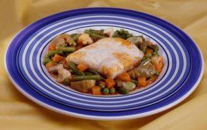 Merluza con verduras