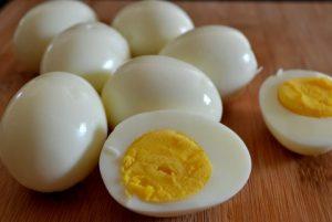 Huevos duros cocidos