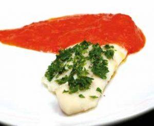 Lenguado con salsa de pimiento rojo