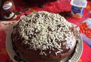 Bizcocho de chocolate con yogur griego