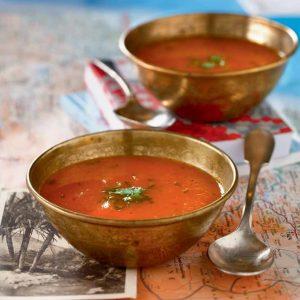 Sopa fría de zanahorias, cilantro y limón