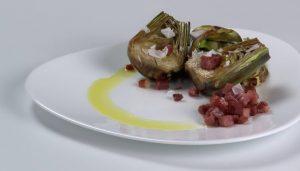 Alcachofas con jamón a la plancha