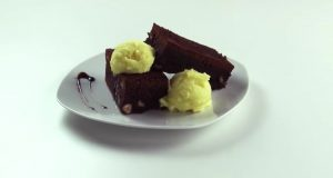 brownie bizcocho de chocolate