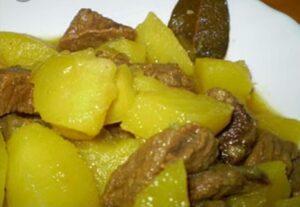 Guiso de patatas con carne